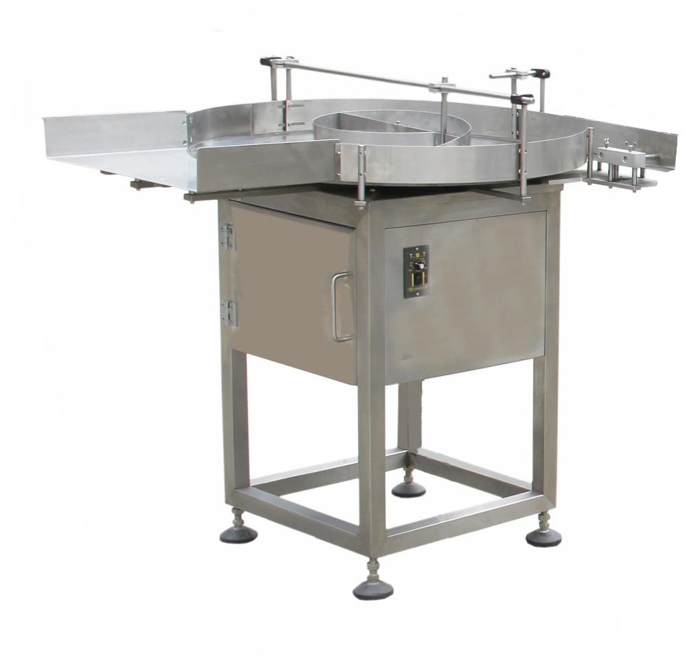 Rotacijske mize za podajanje stekleničk ali plastenk na transportni trak